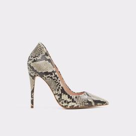 There are so many animal print shoes & booties that can be added to take an outfit to the next level. These pumps from ALDO
